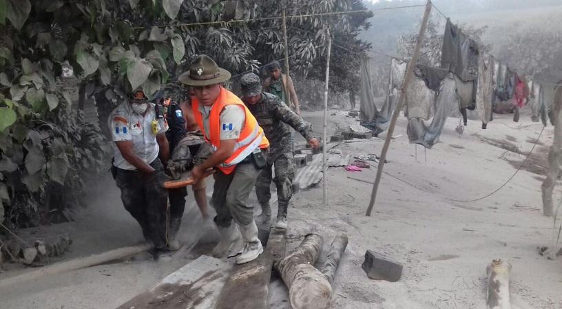 Tragedia por la erupción del volcán en Guatemala.