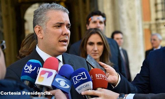 Esperamos que en el parlamento italiano al igual que en for Lavorare al parlamento italiano