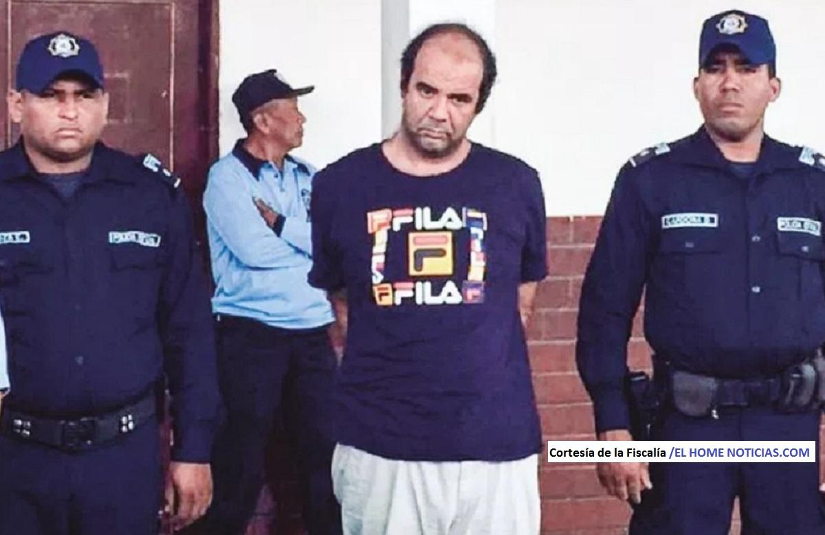 El sacerdote Iván Merino Pedial fue sorprendido por la Policía en pleno acto cuando abusaba de una niña de 12 años.