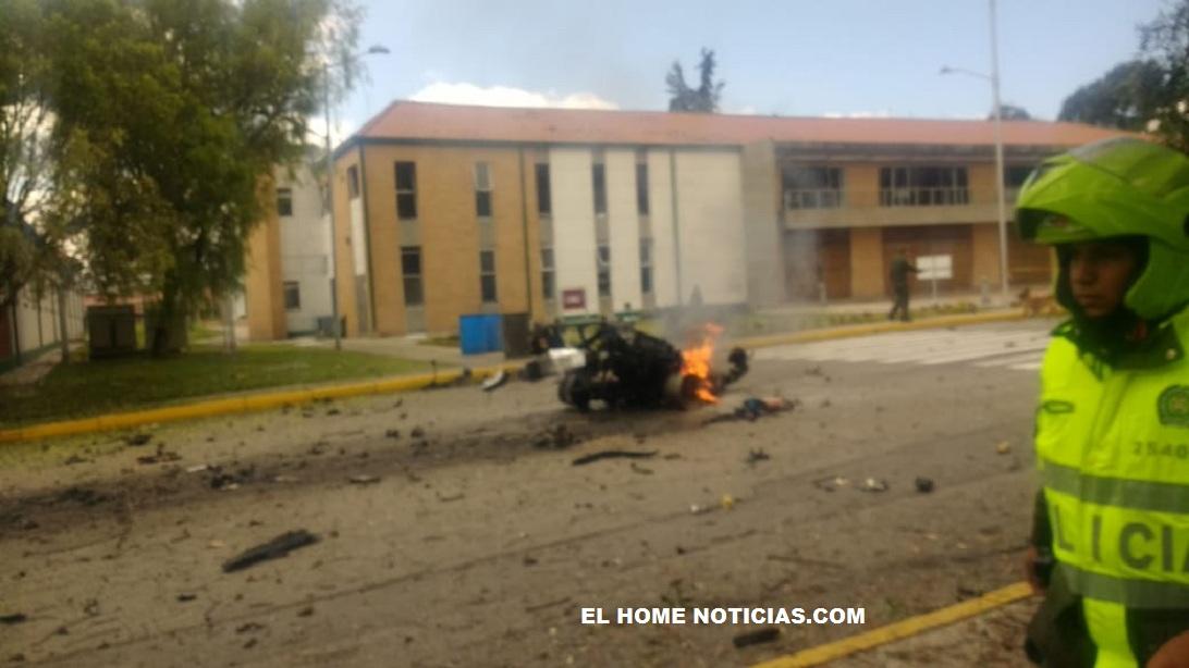 El motor del vehículo que explotó dentro de la Escuela General Santander de la Policía.