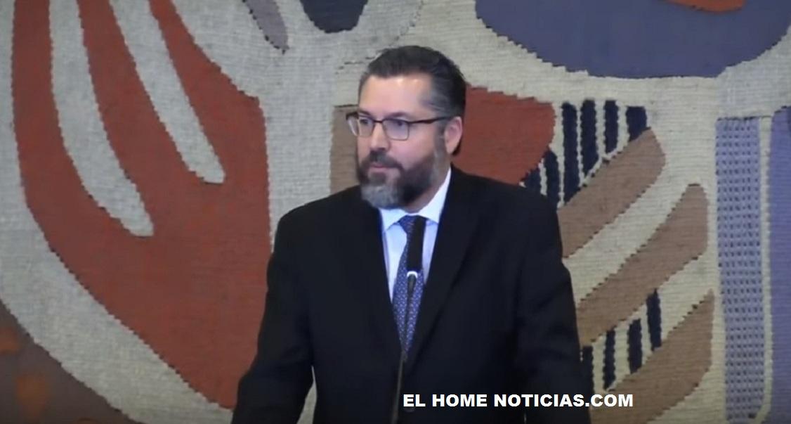 Ernesto Araujo, ministro de Estado de Relaciones Exteriores de Brasil. le hizo un llamado a Nicolás Maduro para que entregue el poder el próximo 10 de enero.