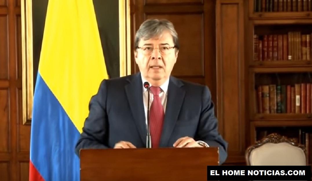 El canciller colombiano Carlos Holmes Trujillo responsabilizó a Nicolás Maduro de cualquier cosa que le pueda ocurrir a sus funcionarios en Venezuela.