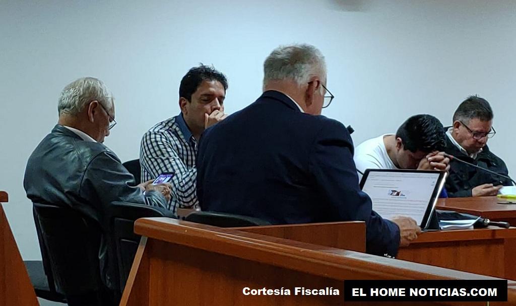 Esta imagen muestra el momento en el que se produce la legalización de captura de Carlos Julián Bermeo y otros cuatro capturados.