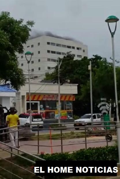 Incendio en la clínica las Mercedes en Barranquilla.