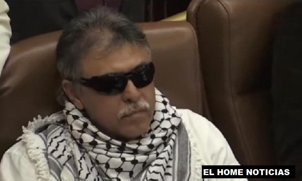 Jesús Santrich ocupando su curul en el Congreso.