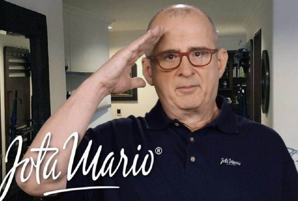 Jota Mario Valencia uno de los más grandes presentadores de programas de entretenimiento de la televisión colombiana murió a los 63 años.