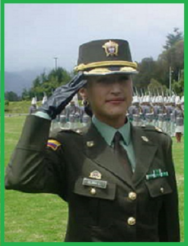 Mayor Gloria Otálora Gómez, cuando portaba su uniforme.
