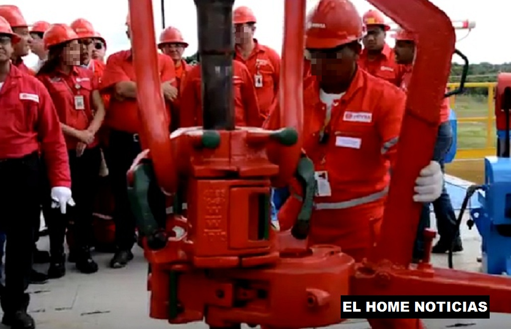 Obreros de PDVSA en Venezuela.