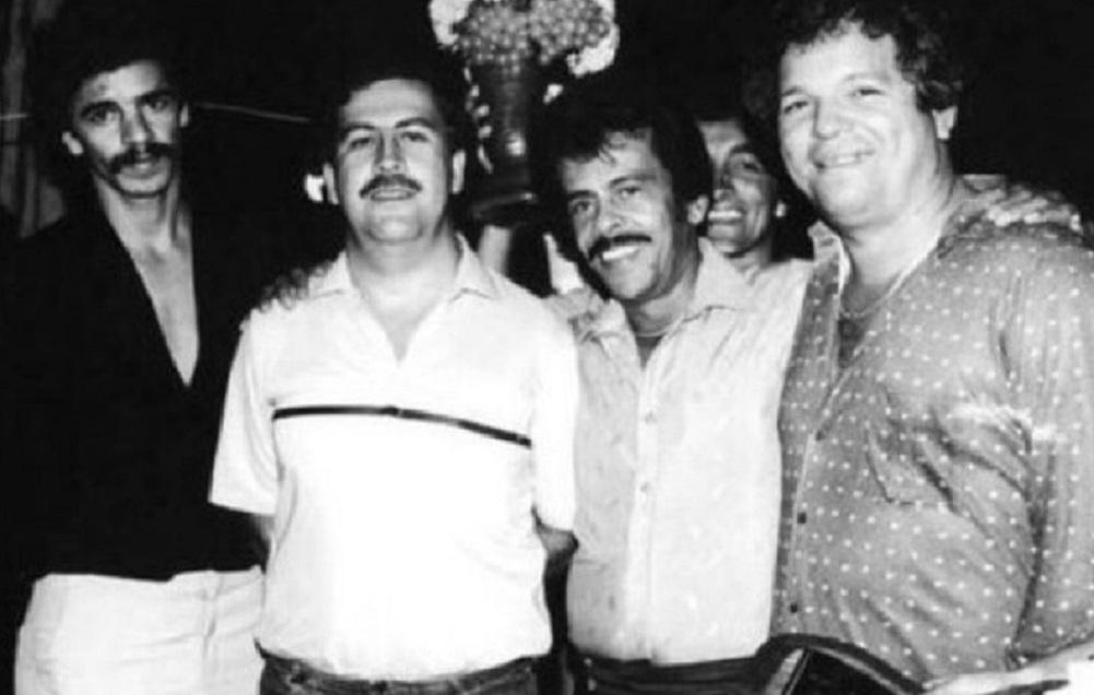 Pabhlo Emilio Escobar Gaviria y sus amigos.