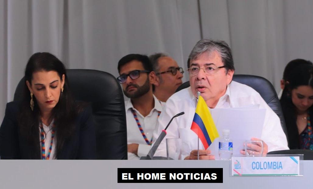 Ministro Carlos Holmes Trujillo.