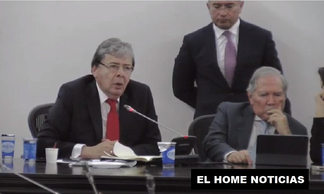 Carlos Holmes Trujillo.