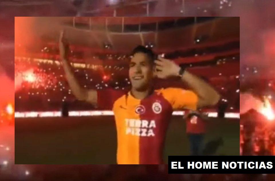 Radamel Falcao García con el Galatasaray.