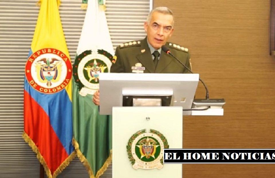 General Óscar Atehortúa Duque, director.