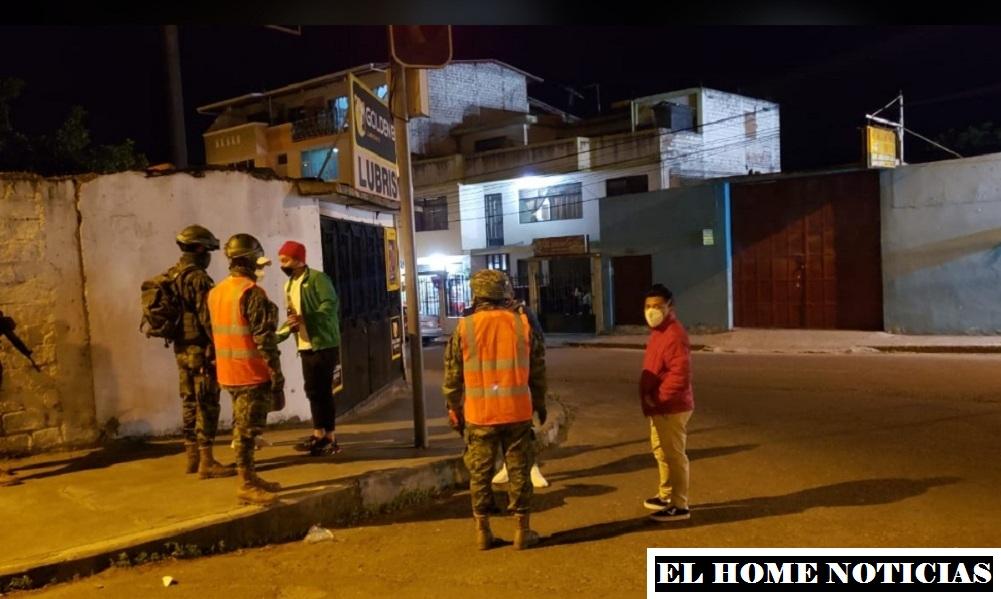 Ejército de Ecuador en operaciones de control.