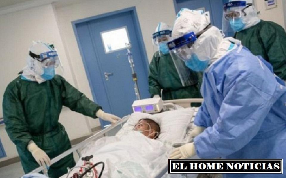 La operación duró 11 horas e implicó la extirpación de parte de los pulmones sanos, el izquierdo del esposo y el derecho del hijo de la paciente, que fueron trasplantados.