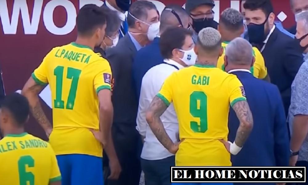 Jugadores de Brasil hablaron con delegados de la autoridad Sanitaria brasileña.