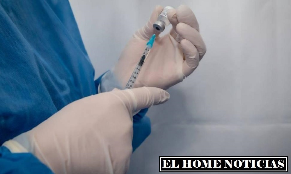 La Secretaría Distrital de Salud aplicará sin pico y cédula las segundas dosis de la vacuna Moderna.Foto: Alcaldía de Bogotá.